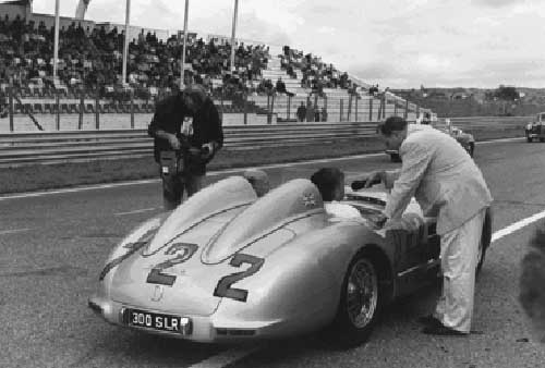 (C) VICTRACE RETRO MEDIA, Motoring George Spauwen